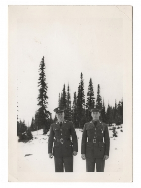 <h5>Soldiers</h5><p>Unidentified soldiers. Provided by the family of Ivo Schommer.</p>