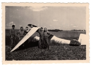 <h5>Glider</h5><p>Another glider. This one appears to have crashed. Photo provided by family of Ivo Schommer.</p>